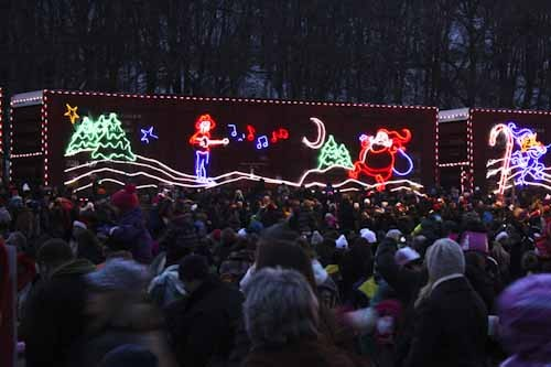 Hats off to the Holiday Train!